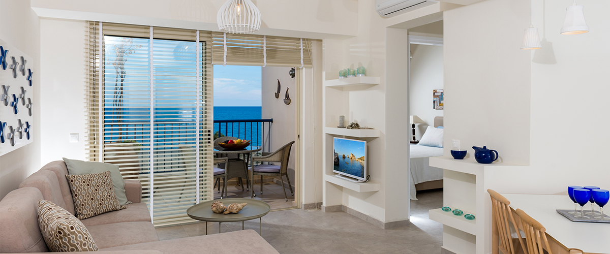 Aphrodite Beachfront 2 Bedroom Penthouse / First Floor  at 马莱迈-克里特